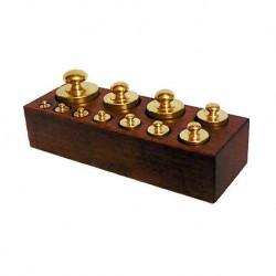Set lotto 11 pesi bilancia ottone supporto legno