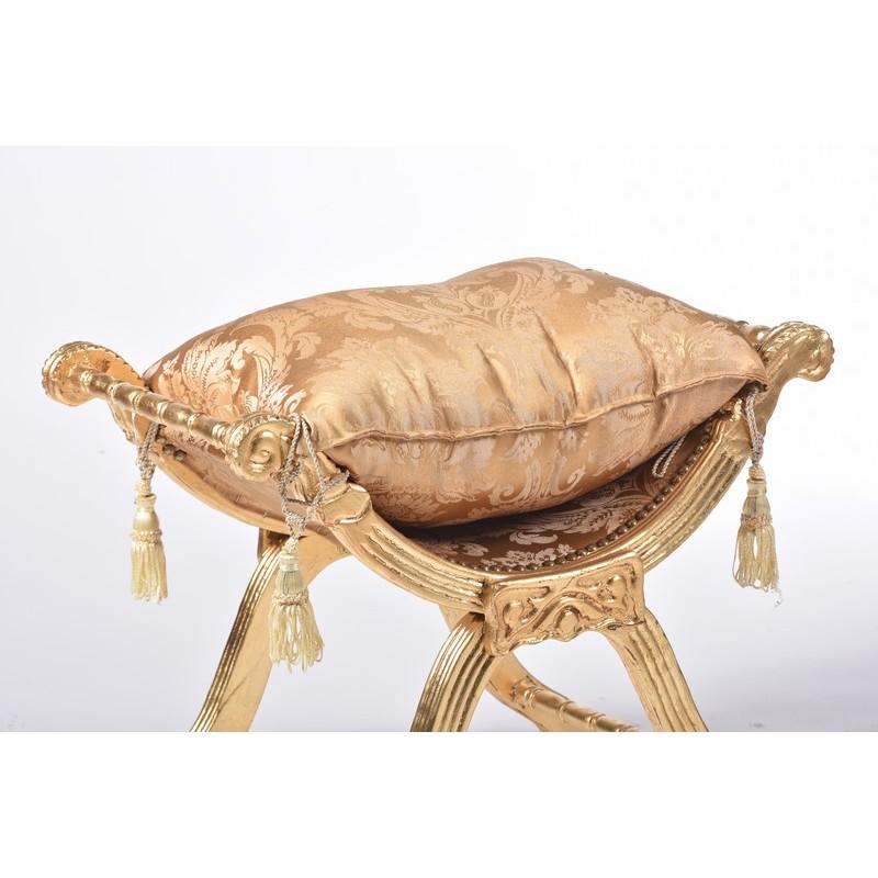 Savonarola sedia poltrona oro e tessuto dorato fiori cuscino for Savonarola sedia